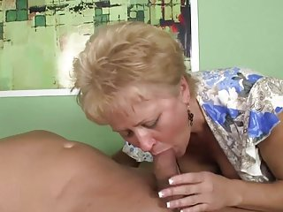Girlfriends sister porn video online sexy granny sucking amateur housewife movie